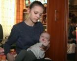Пусть говорят: выпуск от 15.03.2017. 34-летнюю бабушку лишают материнских прав